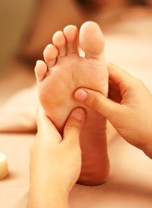 What is Reflexology & What can it treat?. foot7